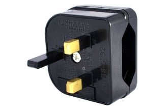 Zero One EU to UK Plug Adaptor with 5A Fuse (Black)