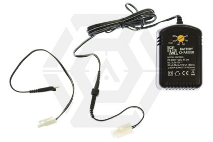 Zero One NiMH/NiCD Fast/Trickle Charger with Dual Plug